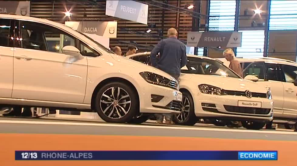 Lyon le sobre renouveau du salon de l 39 auto france 3 for Salon de lyon 2015
