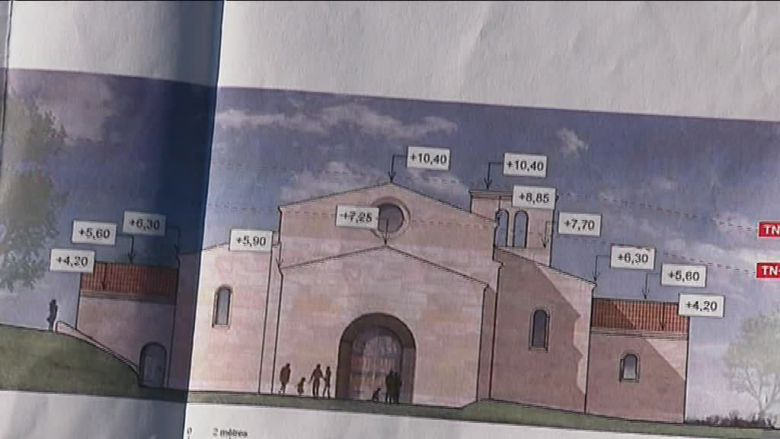 Les plans de la future église / © France 3 alpes