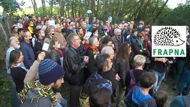 Mobilisation contre le Center Parcs de Roybon, une des actions soutenues par la FRAPNA / © France 3 Alpes