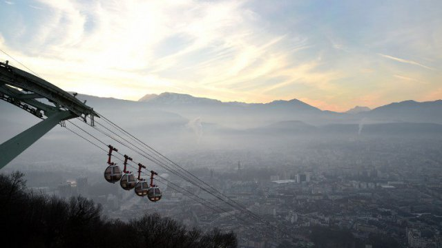 Pic de pollution: restriction de la vitesse de circulation dans la métropole de Grenoble