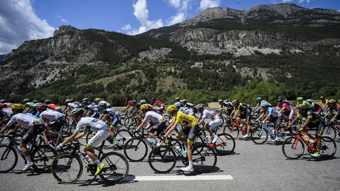 DIRECT VIDEO. Tour de France 2017 : Suivez la 19e étape entre Embrun et Salon-de-Provence