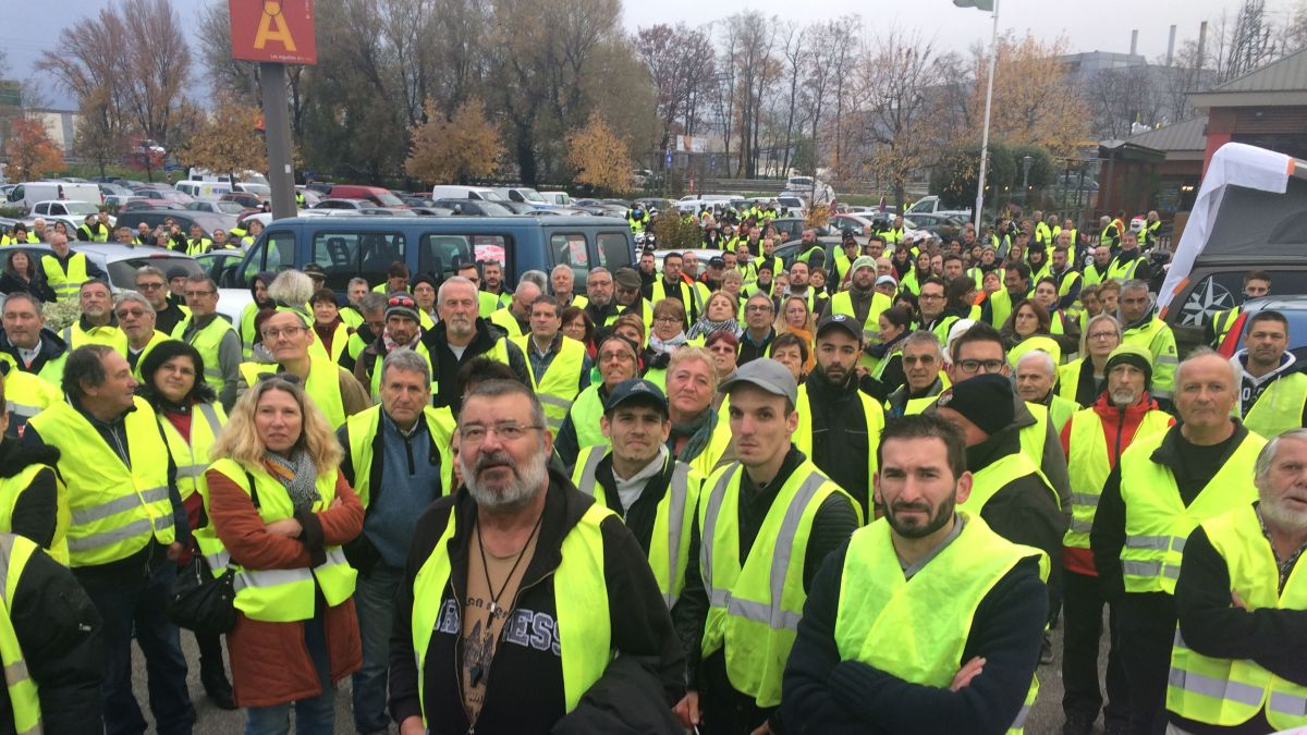 gilets jaunes journ e de mobilisation en is re en haute savoie et en savoie le 17 novembre. Black Bedroom Furniture Sets. Home Design Ideas