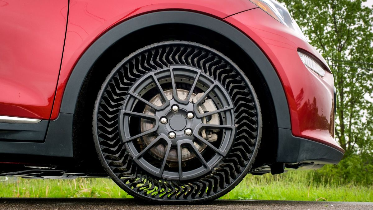 Michelin va commercialiser un pneu sans air et increvable