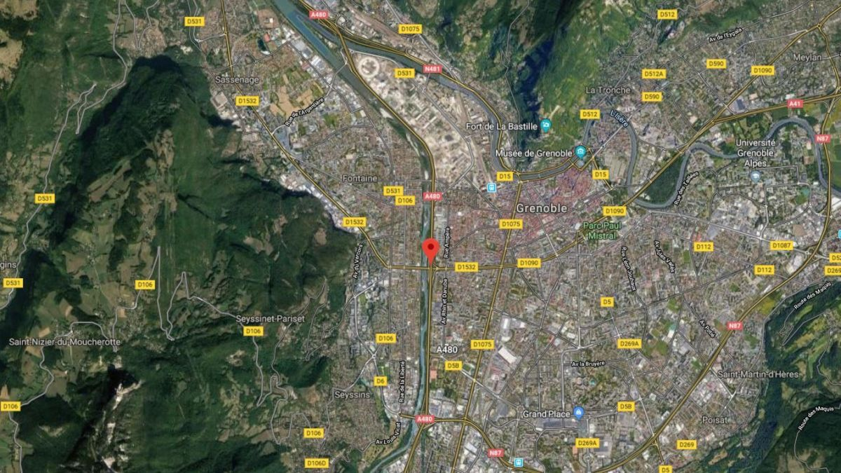 Grenoble : un conducteur de camion benne se tue sur l'A480 au pont de Catane, circulation coupée sur la bretelle