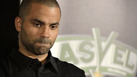 tony_parker_2014_afp_photo_jean-philippe_ksiazek.jpg