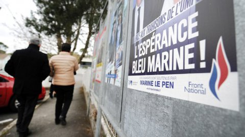 front national affiche