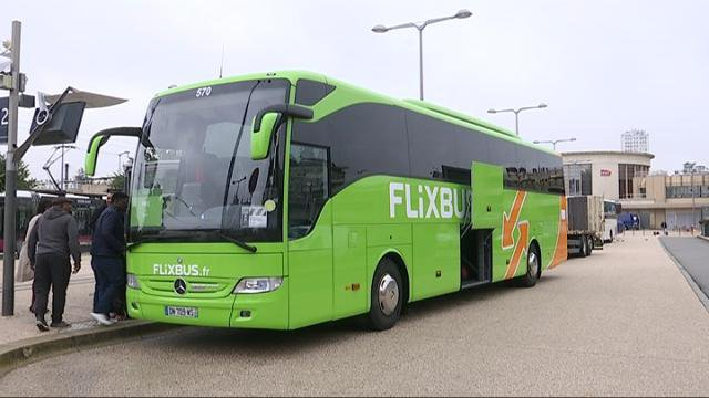 les 39 flixbus arrivent dijon france 3 bourgogne. Black Bedroom Furniture Sets. Home Design Ideas