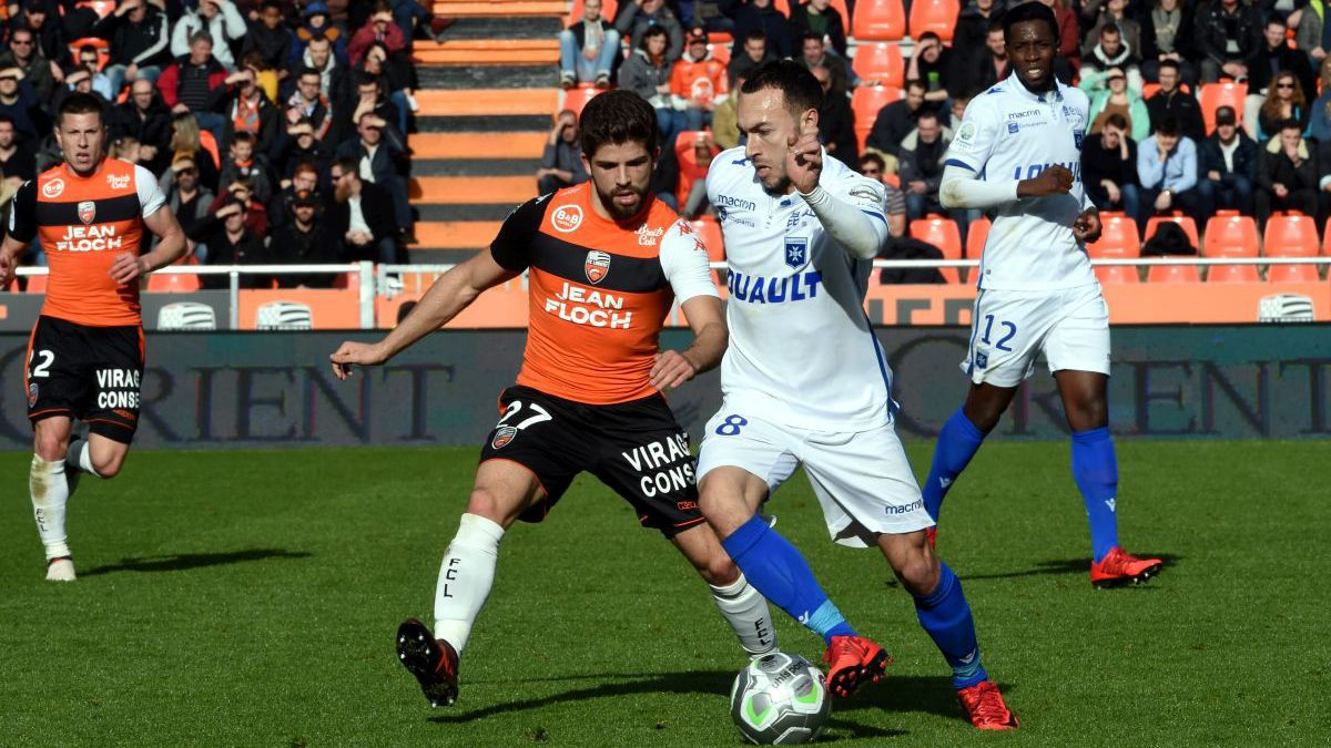 Ligue 2 : Lorient s'incline face à Auxerre
