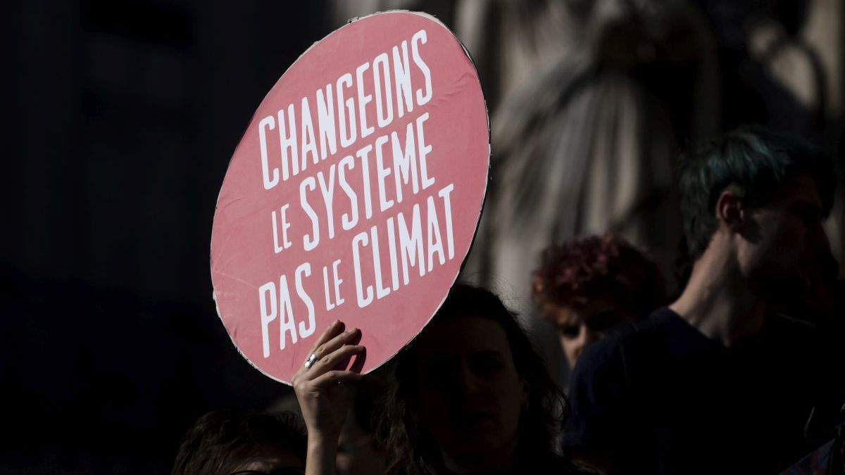 Youth for Climate France a organisé une grande manifestation à Paris vendredi 22 février 2019 / © Vincent Isore / MAXPPP