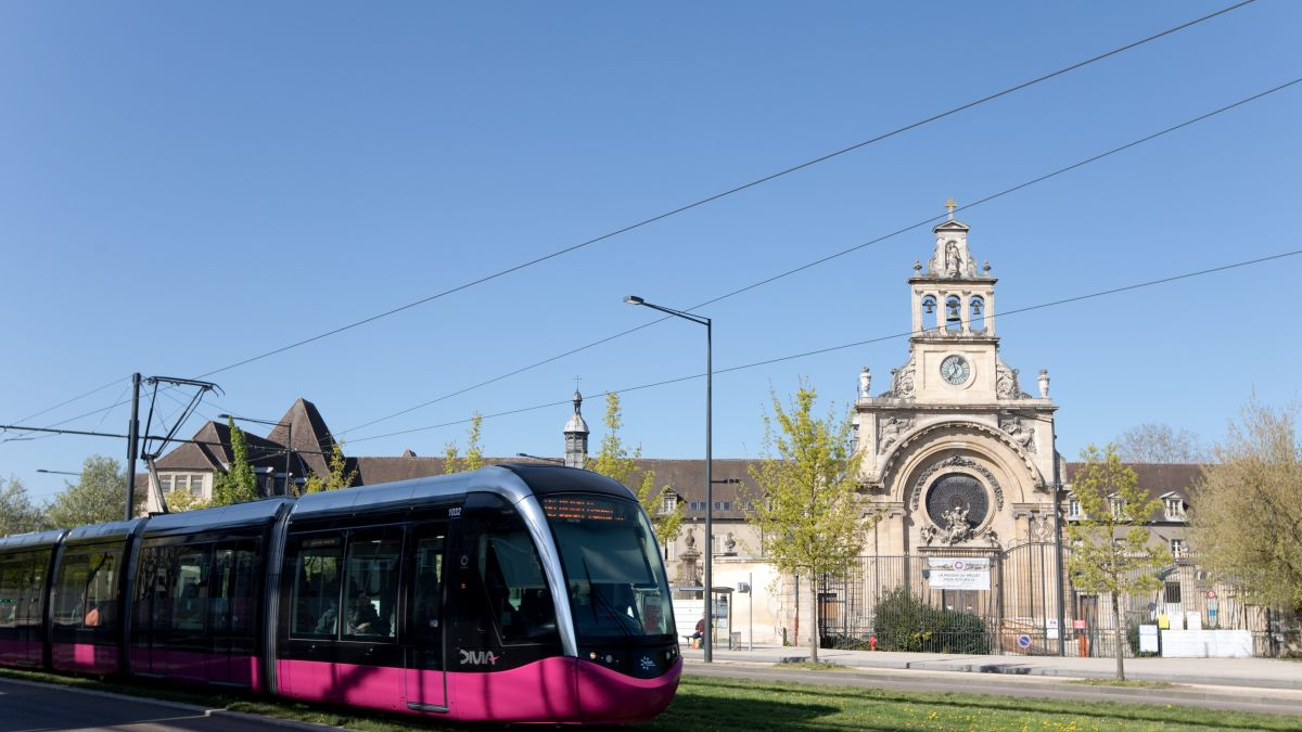 Incidents à Chenôve : la ligne T2 de tramway, momentanément interrompue, a repris son trajet normal