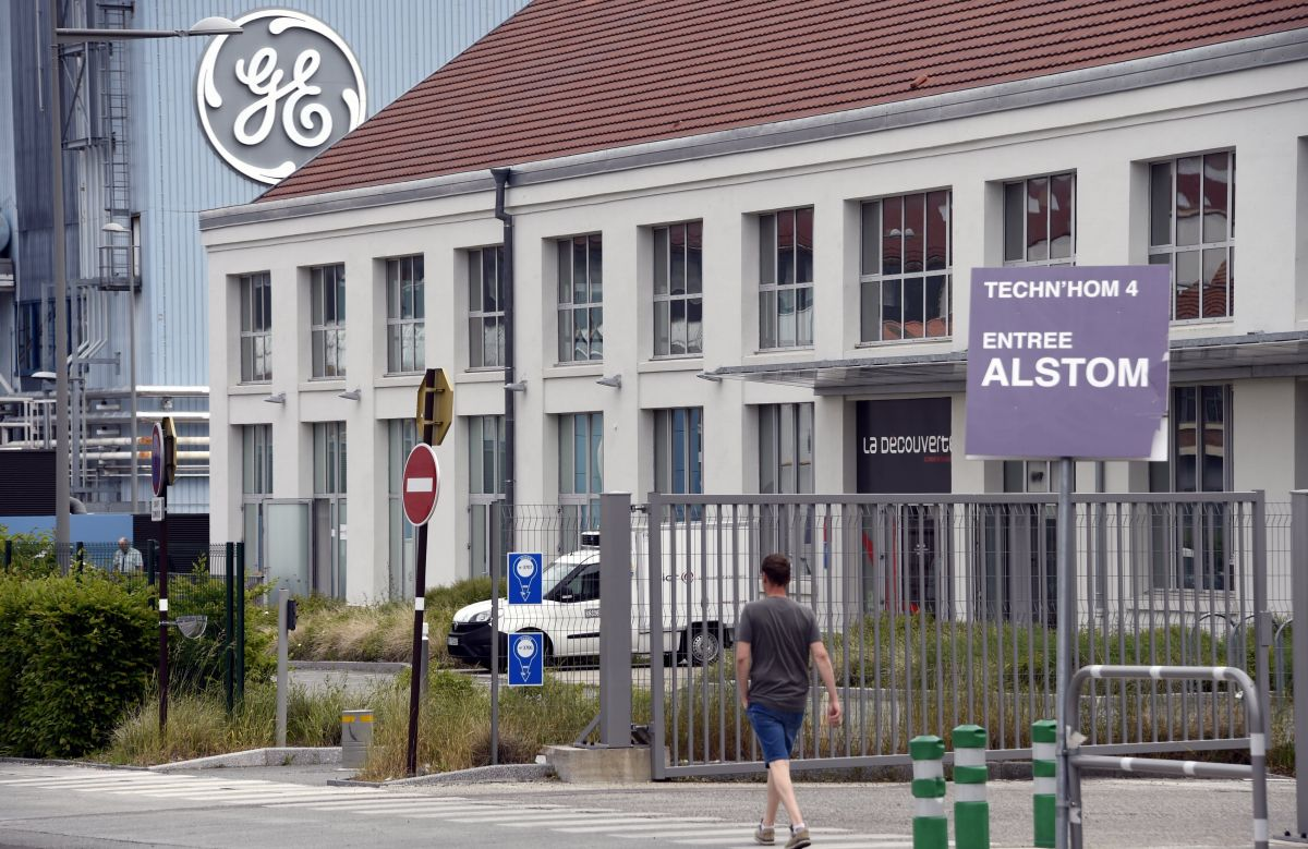 "General Electric Belfort : ""On n'a plus le choix"", l'intersyndicale dépose plainte contre l'Etat"