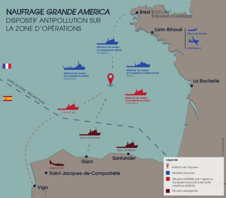 Dispositif antipollution sur la zone du naufrage du Grande America / © Marine nationale