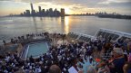 The Bridge : comme prévu, le Queen Mary 2 a accosté à New York, avant les Ultimes