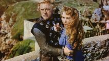 "Kirk Douglas et Janet Leigh dans le film ""The Vikings"" (1958) de Richard Fleischer"