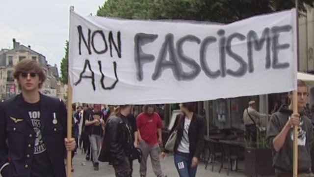 Reims : Manifestation contre le FN