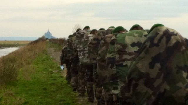4e RE: Remise de Képis blancs at Mont-Saint-Michel 2015
