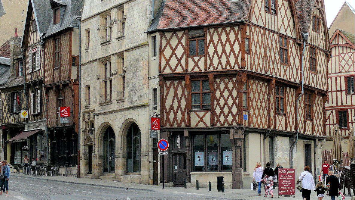 Bourges (Cher) rue Pelvoysin et rue Cambournac / © dr