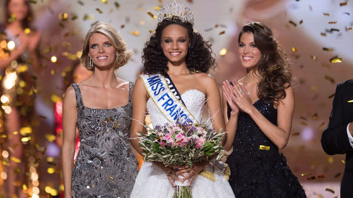 Miss France 2018: les candidates rendent hommage à Johnny Hallyday