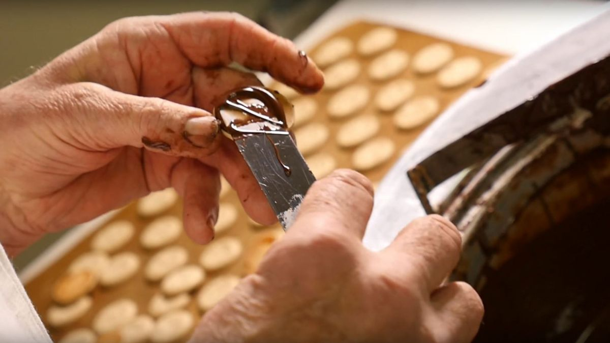 La pâtisserie-chocolaterie Bernard cherche son successeur. / © Capture d'écran Youtube
