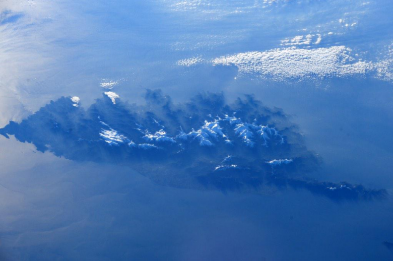 12/02/15 - La Corse vue depuis la station spatiale ISS / © Terry W.Virts / Twitter - https://twitter.com/astroterry