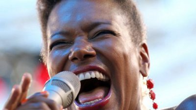 China Moses électrise Jazz in Aiacciu