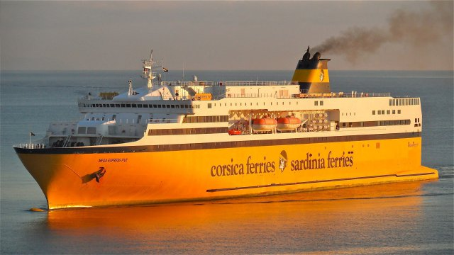 Accident du Mega Express 5 : commandant et direction de la Corsica Ferries pointés par le BEAmer