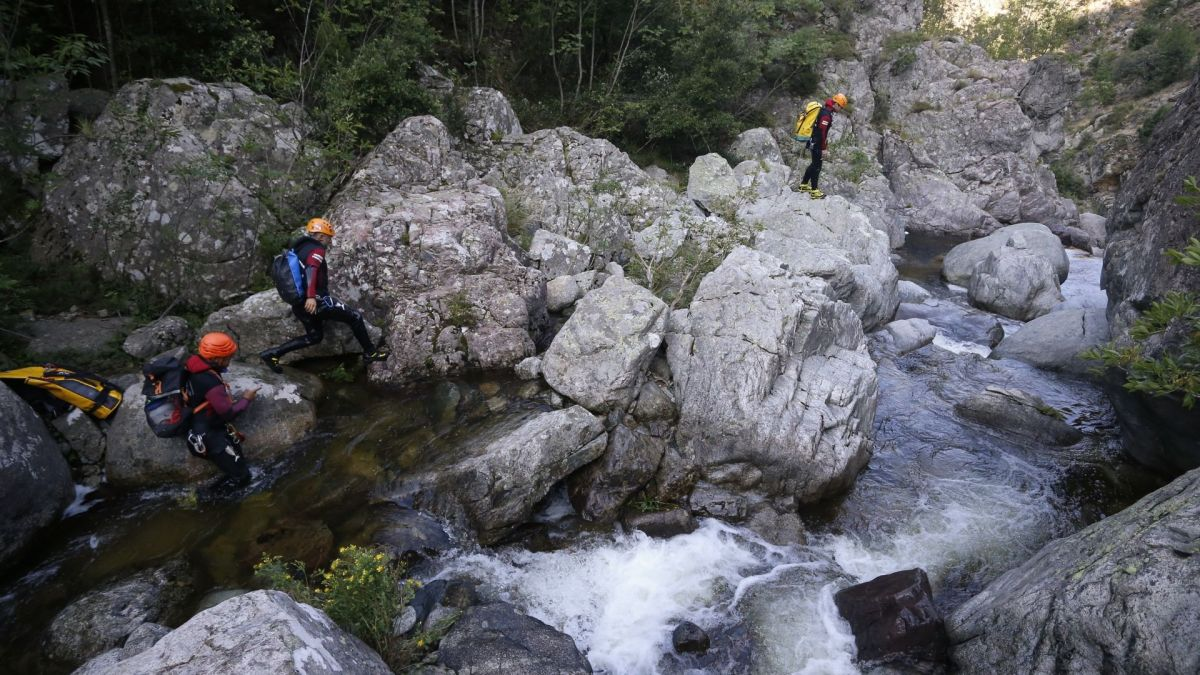 "Accident de canyoning en Corse : ""On a entendu un bruit sourd mais c'était trop tard"""