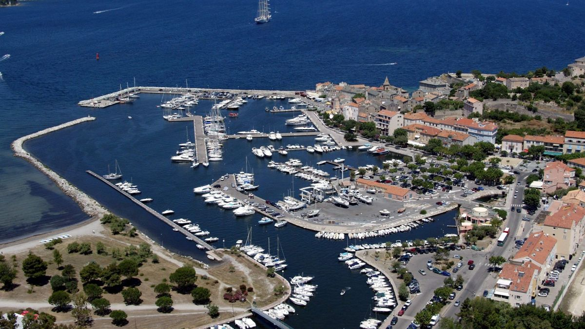 Saint florent fr quentation en hausse dans le plus grand - Plus grand port de plaisance d europe ...