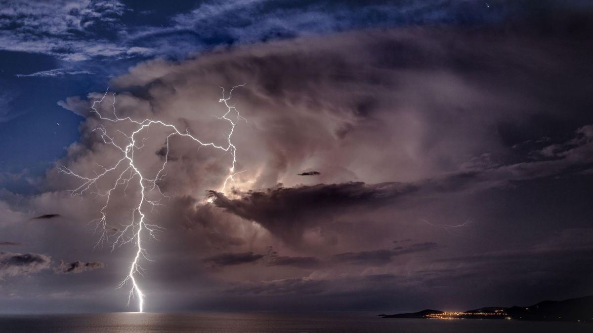 Illustration - Orages à Ajaccio (Corse du Sud) / © Pierre-Mathieu Paolini / Facebook