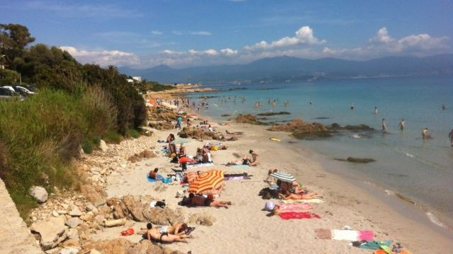 Les plages d'Ajaccio. / © Photo Dominique Moret / France 3 Corse.