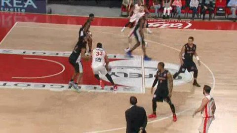 Bourg-en-Bresse bat le SLUC Nancy 83-68
