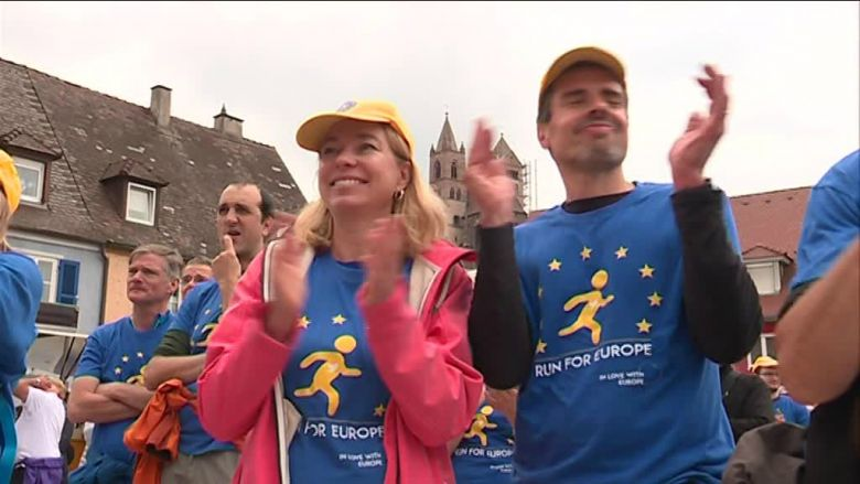 "Katja et Lionel lors de leur participation à la course ""Run for Europe"", le 19 mai 2019 / © Bernard Stemmer, France 3 alsace"
