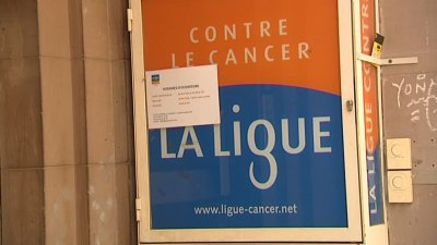 Un laboratoire pharmaceutique a-t-il fait perdre un financement à la ligue contre le cancer ?