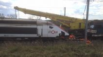 Levage de la motrice du TGV accidenté le 05 mars
