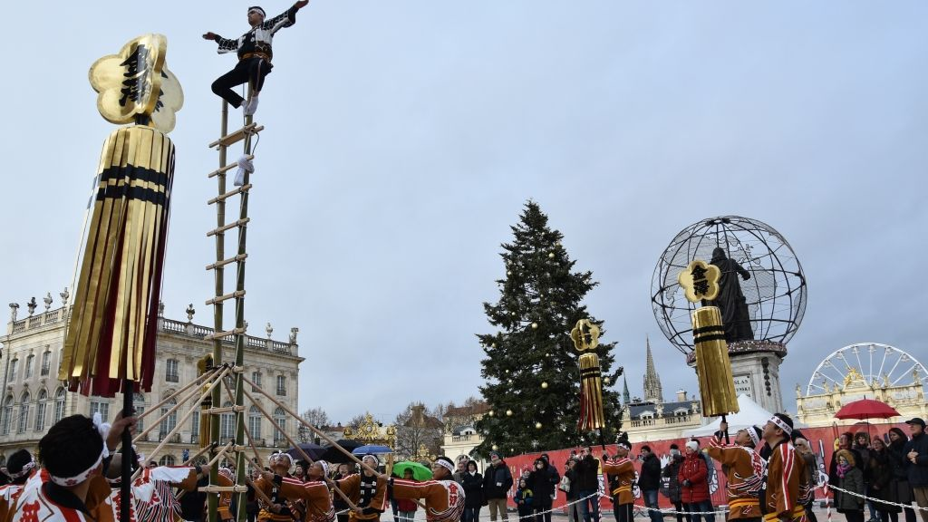 Week-end de la saint-Nicolas à Nancy : un dimanche d'animations par les compagnies d'arts de la rue