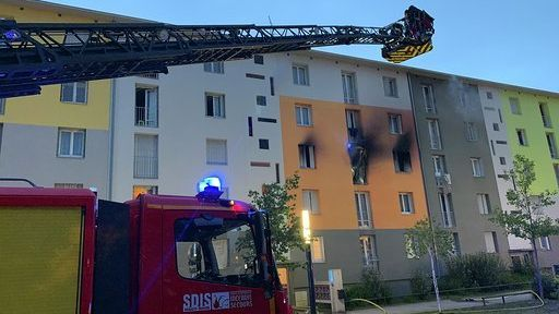 Incendie à Mulhouse: un appartement en feu et 20 personnes évacuées