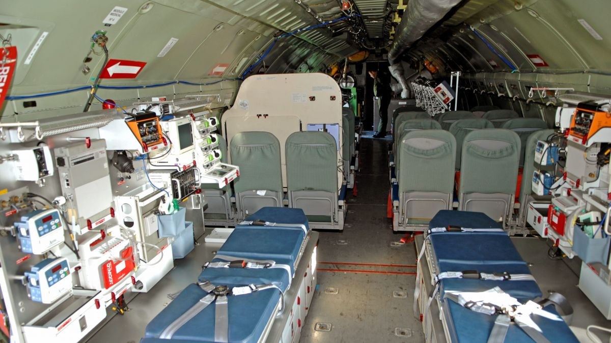 Coronavirus – un avion militaire évacue six patients de Mulhouse vers Toulon