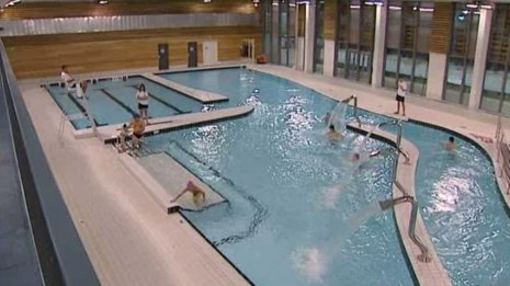 Sedan le centre aquatique ouvert france 3 champagne for Piscine de champagne