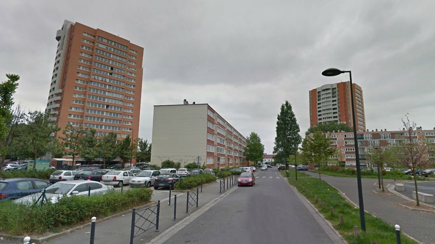 rue romain rolland roubaix google street view. Black Bedroom Furniture Sets. Home Design Ideas