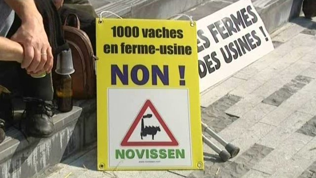 1000-vaches-opposants.jpg