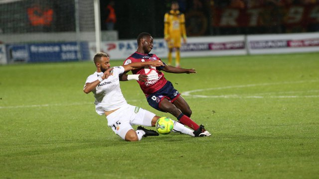 Ligue 2 : le RC Lens fait match nul contre Clermont
