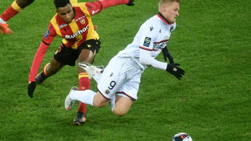"Ligue 1 : Lens s'incline face à Nice, ""un match sans"" selon Tony Mauricio"