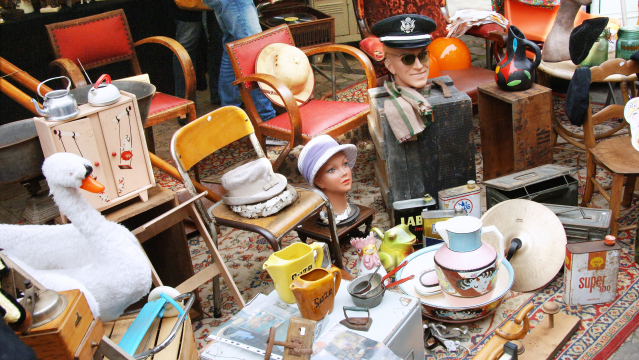 Alternative lille la plus grande brocante de belgique se tient ce week end france 3 nord - Brocante a paris ce week end ...