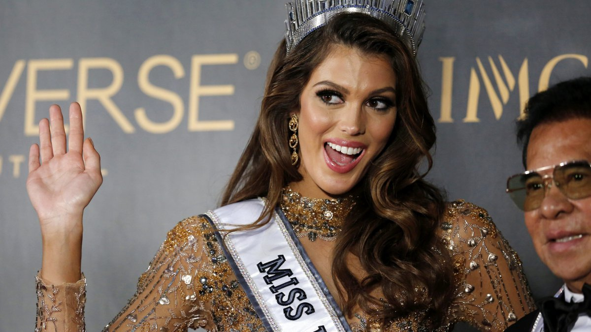 Iris Mittenaere, la Nordiste devenue Miss Univers, parade à Lille ce week-end