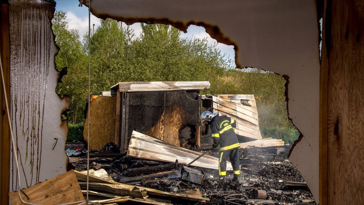 Six questions sur l'incendie et la destruction du camp de migrants de Grande-Synthe