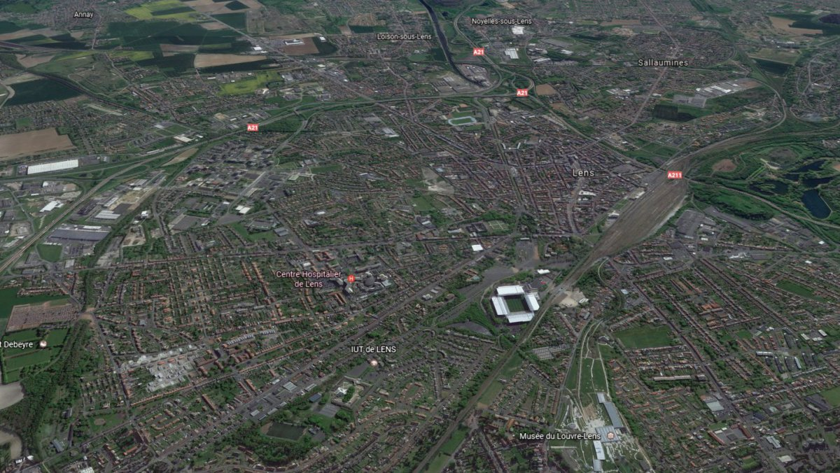 Lens vu du ciel. / © Capture d'écran Google Earth