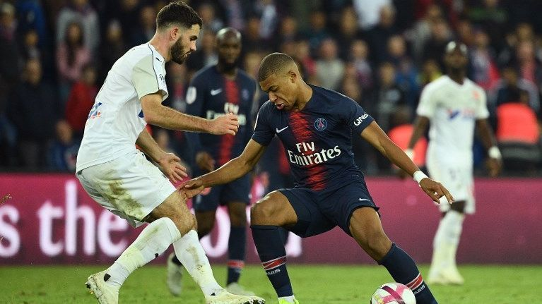 Football : l'Amiens SC écrasé par le Paris Saint-Germain
