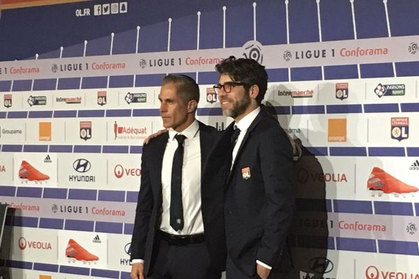 Olympique Lyonnais : le retour de Juninho, accompagné de Sylvinho - 28/5/19 - Conférence de presse de l'OL