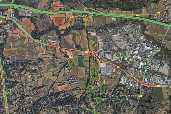 Le trafic est très perturbé ce matin sur la D6, à hauteur de la zone industriel de Rousset