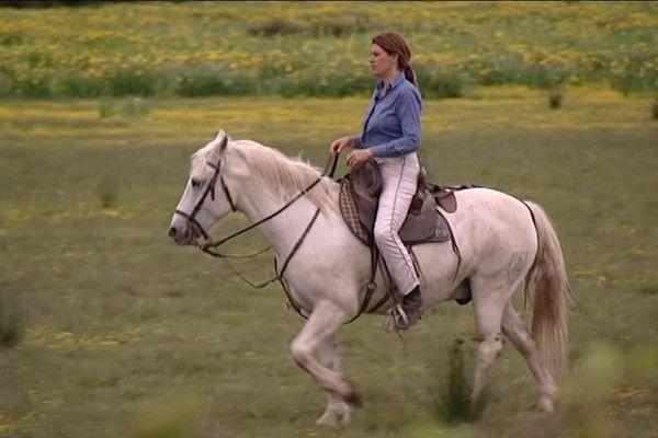 Florence Clauzel, une des rares manadières de Camargue qui vit de ses taureaux professionnels